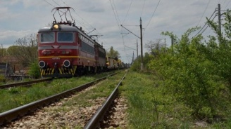 Зачестили са случаите на замеряния на влакове с камъни