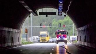 """Движението в тунел """"Ечемишка"""" на АМ """"Хемус"""" утре ще е в една лента до 12 ч."""