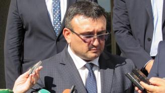 Министър Маринов се срещна с шефа на ФБР