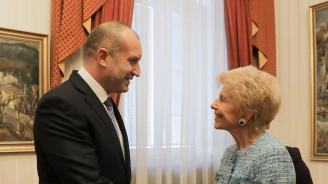 Румен Радев проведе разговор с пожизнения секретар на Френската академия