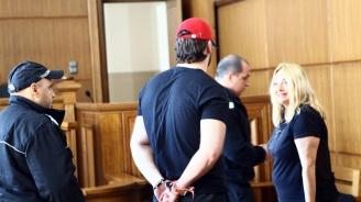 Продължава делото срещу Йоан Матев, майка му дойде в съда