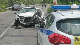 Катастрофа край Смолян: Петима души са ранени