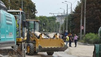 Ремонтират пътища и улици в Ловеч
