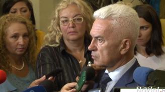 Волен Сидеров: Надявам се коалицията да не се срути, защото БСП не са готови да управляват