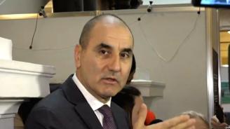 Цветанов отново разясни ситуацията с апартаментите и отговори на Радев