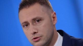 Коалицията между СДС и ГЕРБ освети, че БСП и Демократична България пеят в един хор