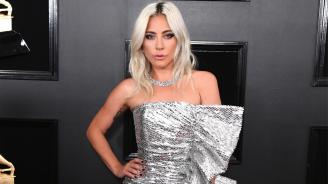 Лейди Гага се среща с Джеръми Ренър