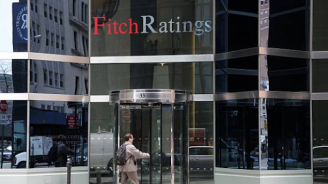 """""""Фич"""" повиши перспективата на кредитния рейтинг на България"""