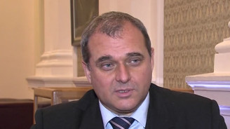 """Искрен Веселинов: Пресилено е да се каже, че поправката в Закона е направена заради """"Артекс"""""""