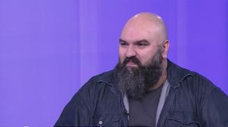 """Венци Мицов: Нема лево, нема десно - в този идеологически качамак """"Глас народен"""" не припознава никого"""