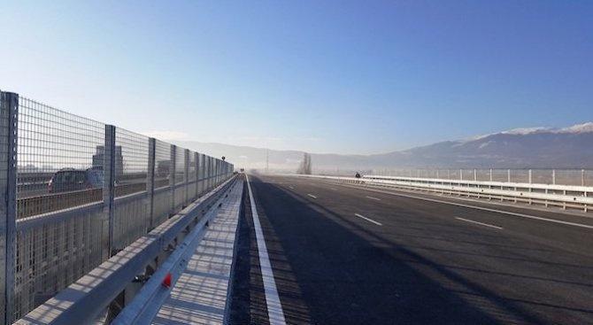 """Започват ремонтите на три виадукта на магистрала """"Тракия"""". От днес"""
