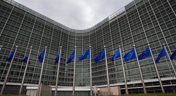 Европейската комисия предупреди, че ако Великобритания напусне ЕС без споразумение,