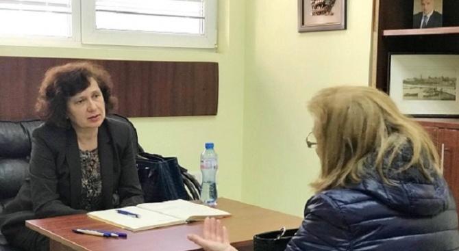 Народният представител от ГЕРБ-Варна Таня Петрова проведе приемен ден в града