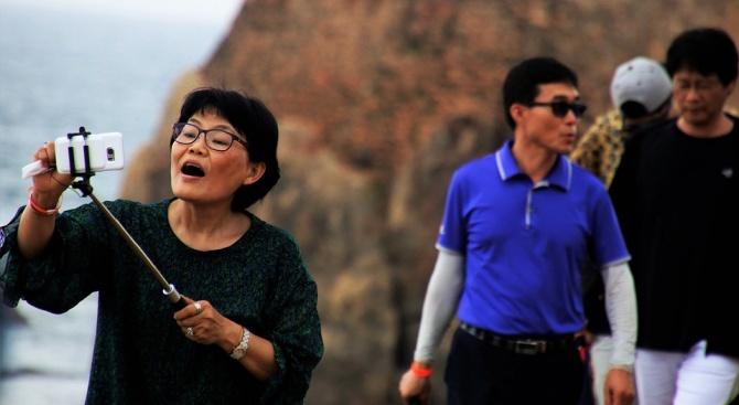 Глад за гидове с китайски и японски език