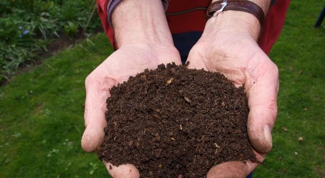 Всеки бургазлия с платени данъци може да получи безплатно 5 литра компост