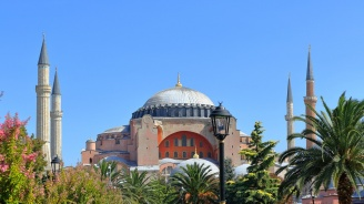 """Ердоган иска да върне на """"Света София""""в Истанбул статута на джамия"""