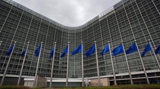 ЕК: Възможни са затруднения при преминаването на границата, ако Великобритания напусне ЕС без споразумение