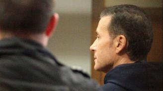 Миню Стайков остава в ареста, пратиха го в МВР болница
