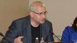 """Светослав Малинов обясни още веднъж отсъствието си за пакет """"Мобилност"""" и обяви: Нещата не са приключили"""
