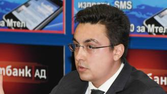 "Момчил Неков: Рано е да се радваме, че пакет ""Мобилност"" бе отложен"