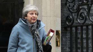 Тереза Мей подава оставка след Брекзит?