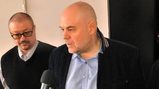 """Иван Гешев с подробности за днешните акции в """"Кинтекс"""" и завода на Арабаджиеви"""