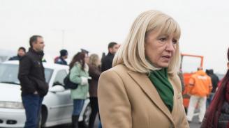 Министър Аврамова запознава румънците с електронните винетки и тол системата
