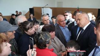 Борисов пред тютюнопроизводители: Хората ще си получат парите
