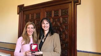 Ангелкова проведе в Испания работна среща с министъра на туризма на Гърция