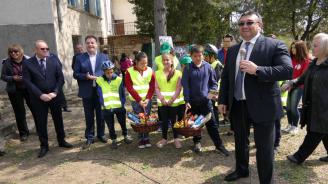 Министър Маринов посети с. Балван