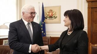Цвета Караянчева и Франк-Валтер Щайнмайер дадоха висока оценка на отношенията между България и Германия