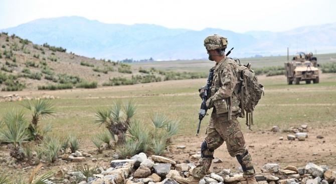 Четирима американски военни са убити при атентат в Афганистан