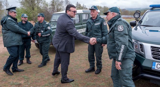 Младен Маринов на българо-гръцката граница: Заплахата все още не е отминала