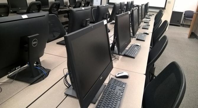 Красимир Вълчев: До края на май всички училища ще имат Wi-Fi мрежи и защитена интернет среда