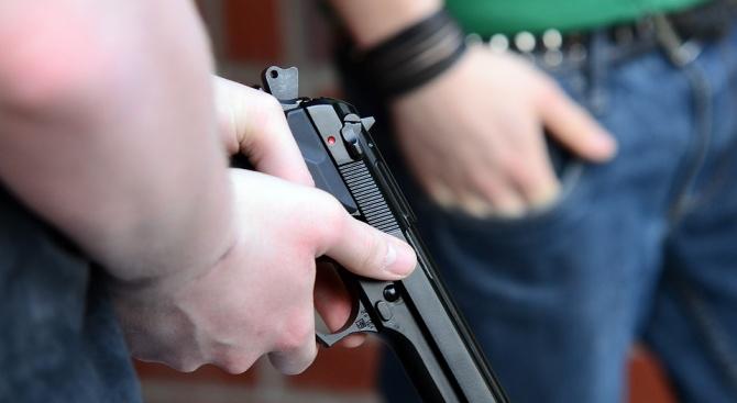 Две въоръжени нападения в денонощни магазини са извършени в Лом