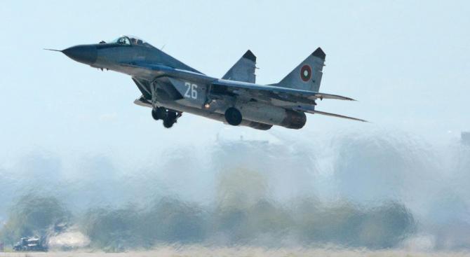 """Правителството предлага да се открие Висше военновъздушно училище """"Георги Бенковски"""""""