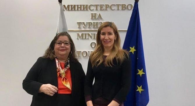 Министърът на туризма Николина Ангелкова проведе работна среща с посланика