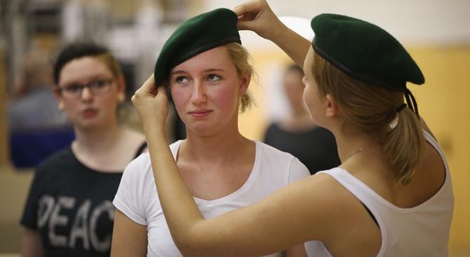Снимка: Германия създава световна мрежа от жени миротворци