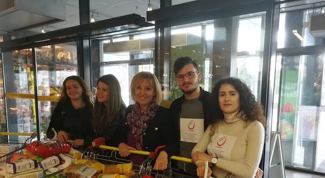 """Омбудсманът Мая Манолова и студенти от СУ """"Св. Климент Охридски"""""""