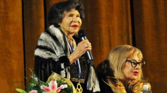 Стоянка Мутафова: От 10 години слагам филъри