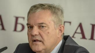 Румен Петков стана член на Международния комитет за честване на 75-годишнината от победата във Великата отечествена война и взе участие в заседанието на комитета