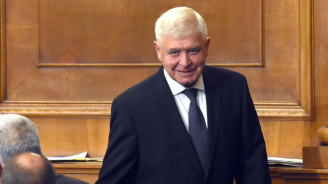 Ананиев: Има политическа воля за увеличаване възнагражденията на професионалистите по здравни грижи
