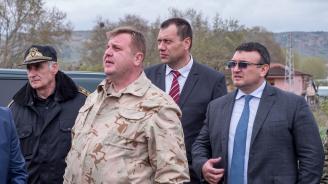 Каракачанов: На българо-гръцката граница е спокойно, но сме взели всички мерки