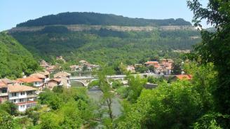 Кметът на Велико Търново обяви 16 април за неучебен ден