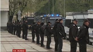 Габрово почерня от полиция, на място е изпратен и Томислав Дончев