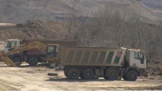 Концесионерът, унищожил цяла екосистема в Пернишко, нехае за проблема