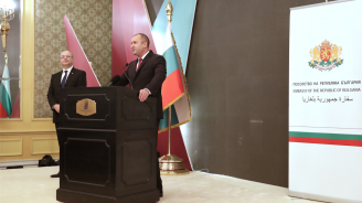 Румен Радев: Посланици на България в Катар са всички наши успели сънародници