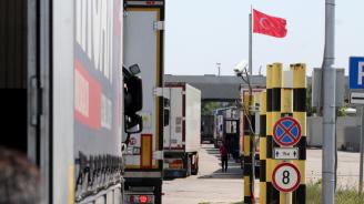 Български превозвачи: На Капъкуле ни събират пътни глоби от по 4000 лири