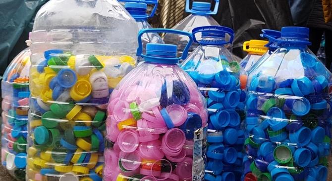 Тонове пластмаса ще се превърнат в кувьози за недоносени бебета