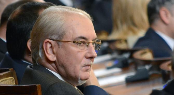 Очаква се прокуратурата да повдигне обвинения на Лютви Местан за